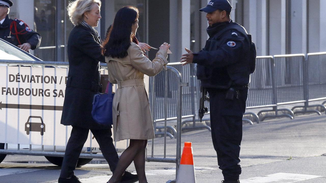 Policie Paříž