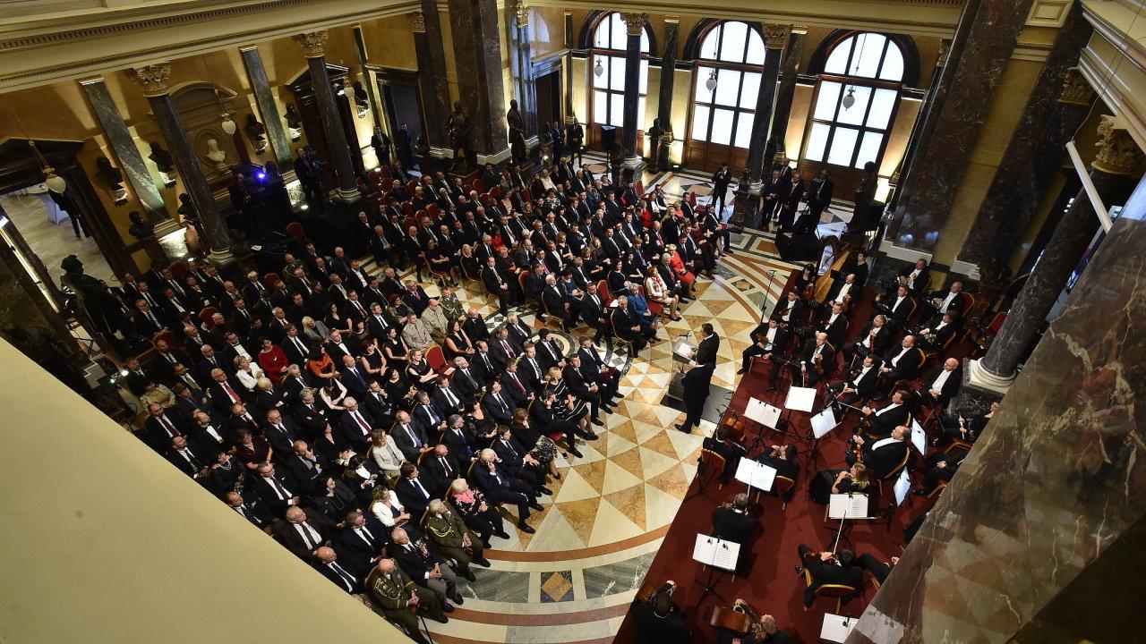 Slavnostní otevření historické budovy Národního muzea v Praze 27. října 2018. Pro veřejnost se muzeum otevře 28. října po 42 měsících rekonstrukce.