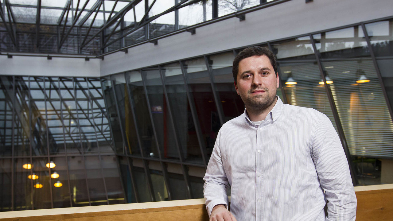 Martin Hruška je ředitelem pro malé astřední firmy apartnery vespolečnosti Microsoft vČeské republice anaSlovensku.