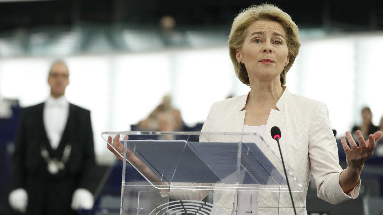 Ursula von der Leyenová se postaví do čela EK,