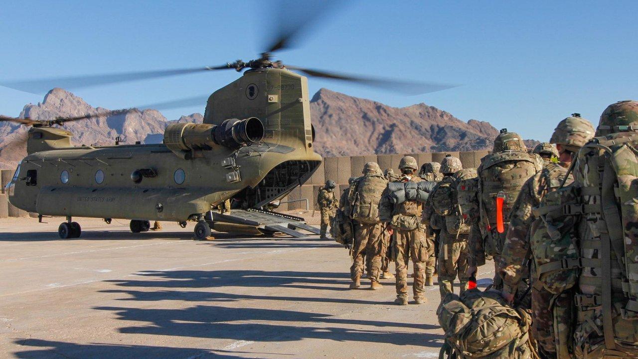 Přítomnost spojeneckých, především amerických jednotek přesto slouží jako pojistka, že se Tálibán Afghánistánu znovu zcela nezmocní.