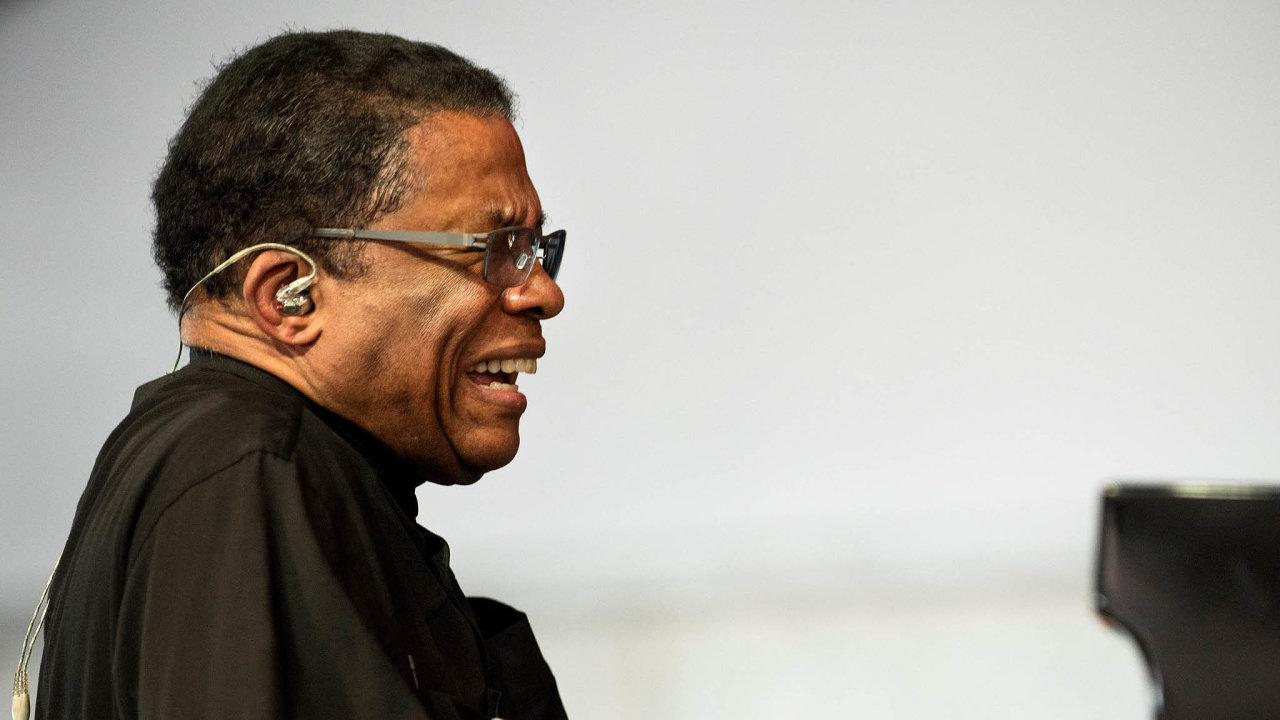Herbie Hancock vystoupí vpražském O2 universu 9. listopadu.