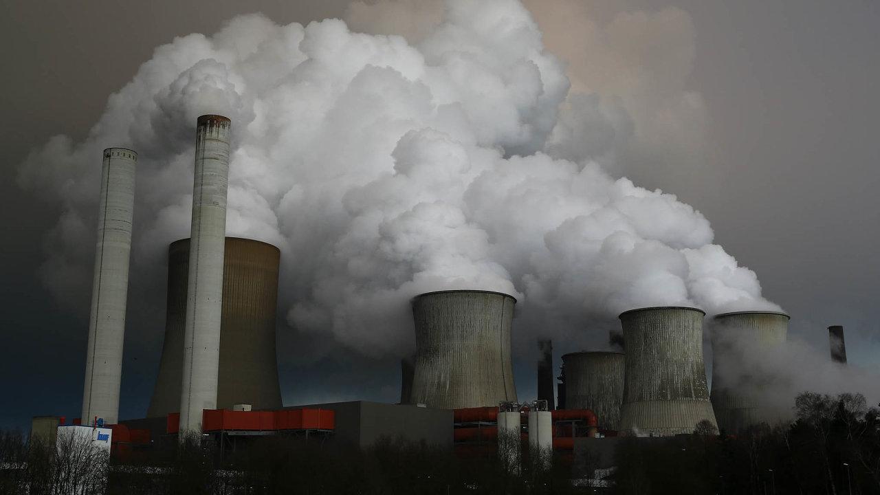 EU přímo vytváří jen necelou desetinu světových emisí, pokud by ale její snahy měly zůstat osamocené, klima nezlepší aEU ještě sebe sama ekonomicky poškodí.
