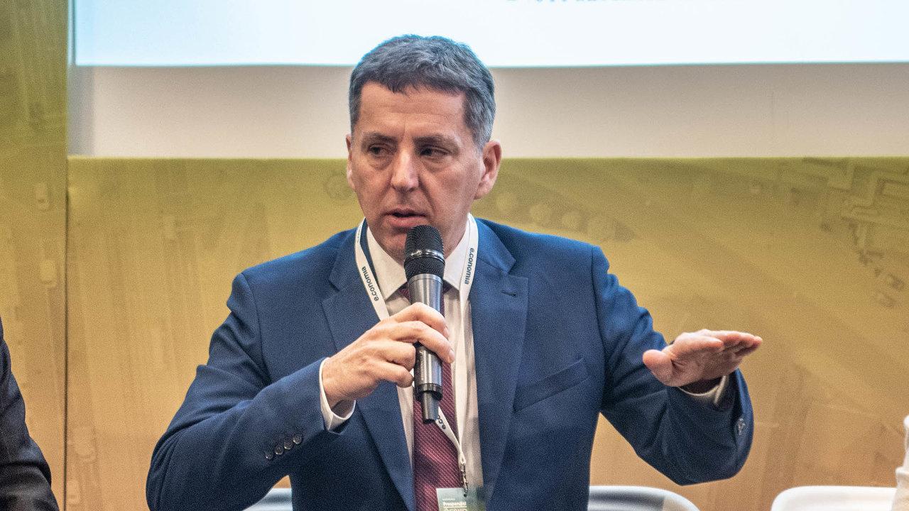 Generální ředitel Jiří Jirásek je jediný z členů představenstva, kdo v Českomoravské záruční arozvojové bance zůstal.