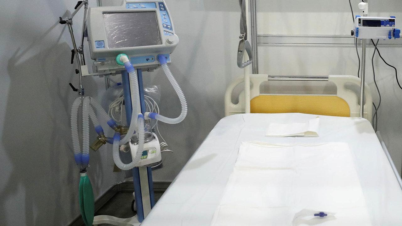 Dva plicní ventilátory Aventa-M ruské společnosti UPZ vybuchly v ruských nemocnicích a zabily šest pacientů nakažených novým koronavirem. Ruské zdravotnické úřady nyní jejich použití dočasně zakázaly.
