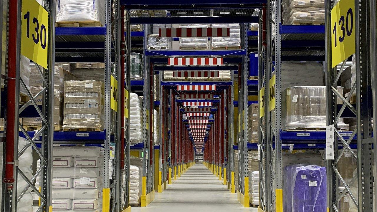 Logistické centrum Dachseru u Karlsruhe se stalo významným logistickým hubem pro chemické výrobky v rámci celé evropské logistické sítě společnosti.