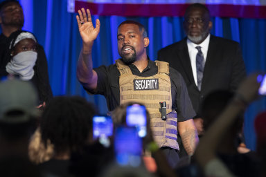 Když si raper pohrává s akciemi oděvních kolosů. Kanye West kandiduje na prezidenta, dělá byznys a chystá desku