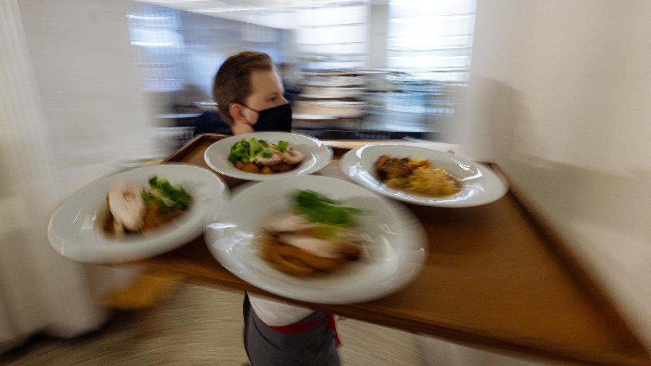 Rozvolňování opatření restaurace