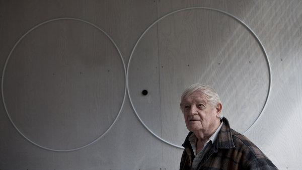 Sochař a malíř Karel Malich