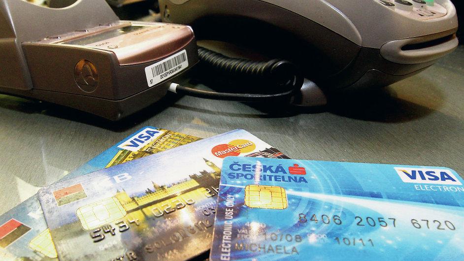 Bankovní karty/ilustrační foto