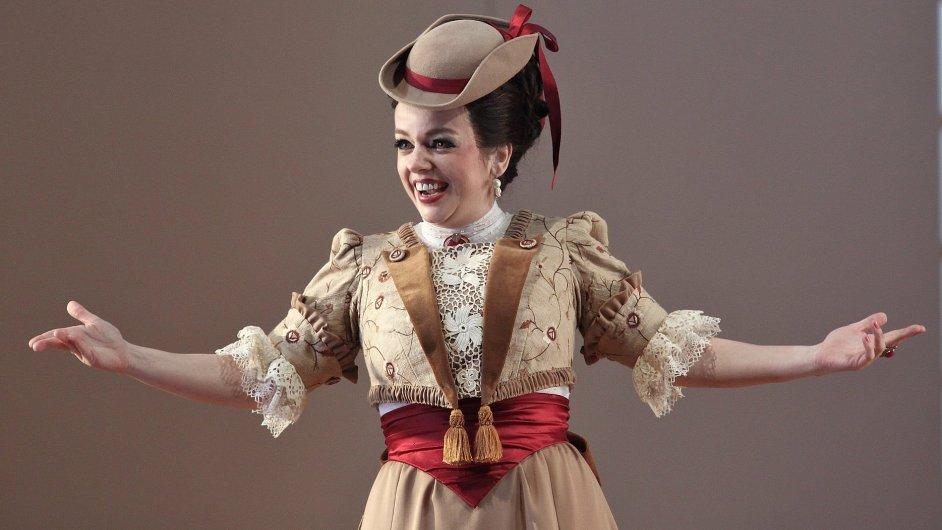 Jana Sibera jako Karolína v novém nastudování opery Dvě vdovy v pražském Národním divadle