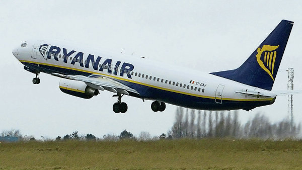 Ryanair faces £6m penalty for violating French labour laws after court throws out appeal