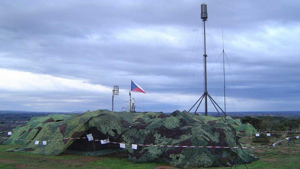 Pardubick� ERA vyr�b� i zn�m� radiolok�tor V�ra. (Ilustra�n� foto)