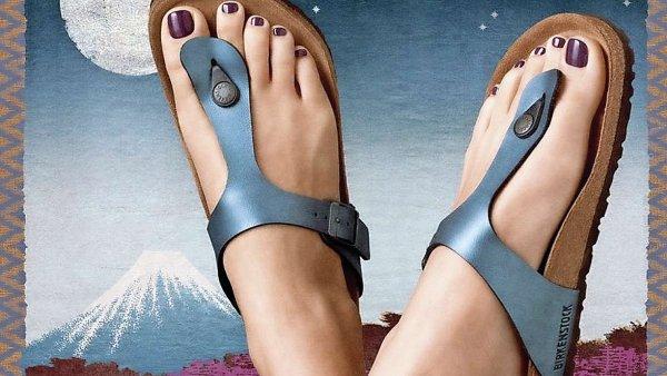 Agentura Duncan/Channon ze San Franciska tvrdí, že za rekordní prodeje sandálů Birkenstock v USA můžou tyto její reklamy. Vy se ovšem z našeho článku dozvíte, že celé je to trochu jinak.