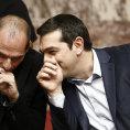 �eck� premi�r Alexis Tsipras (vpravo) a ministr financ� Janis Varufakis