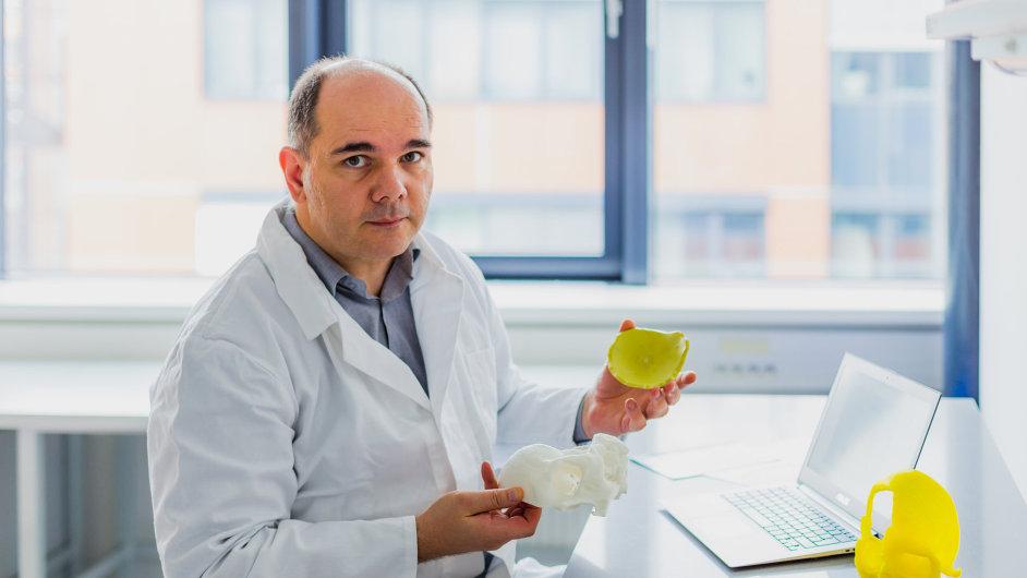 Díky spolupráci společnosti 3Dim Laboratory a Vysokého učení technického vBrně vznikají 3D modely lidských tkání, které se používají při operacích.