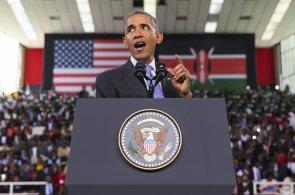 Obama předvedl na návštěvě Keni tradiční africký tanec. Přidal se i prezident Kenyatta