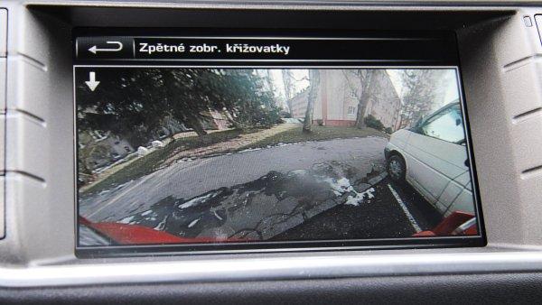 Parkovac� kamera u modelu Range Rover Evoque.