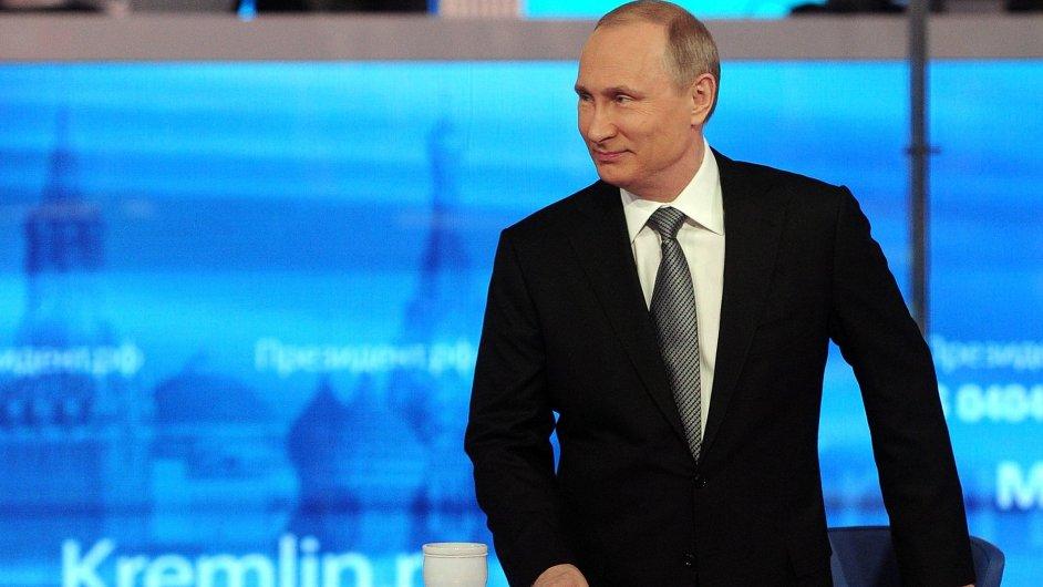 Putin debatuje s občany