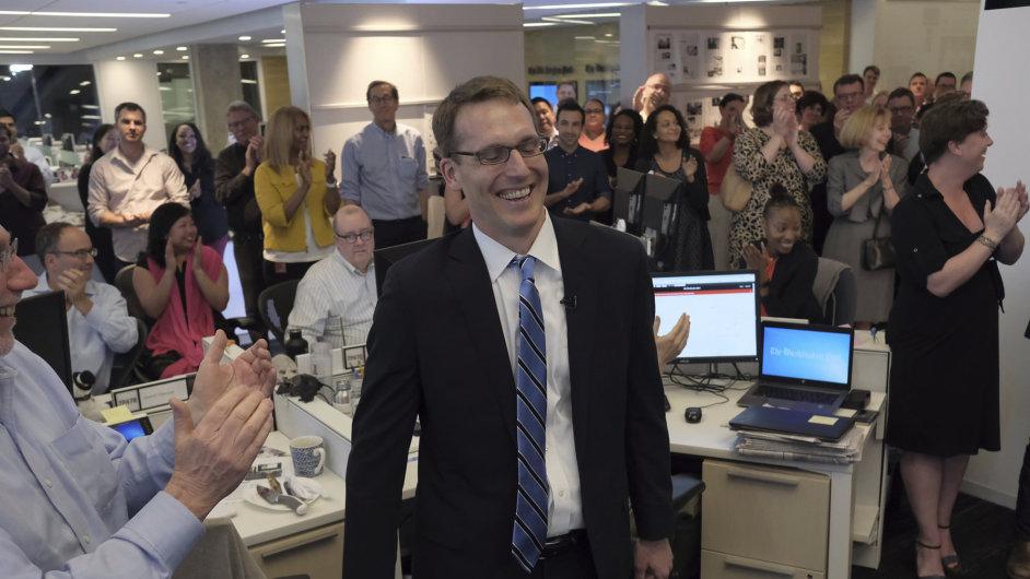Pulitzerovu cenu za vnitroamerické zpravodajství dostal David Fahrenthold z deníku Washington Post.