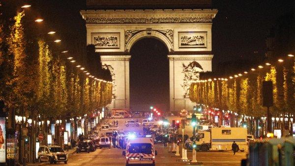 Uzavřená třída Champs-Elysées.