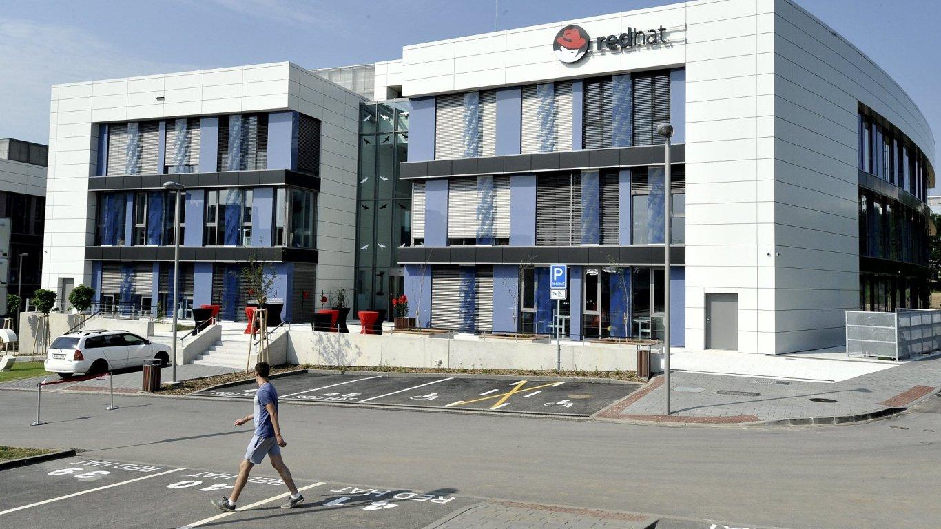 Red Hat otevřel čtvrtou budovu v Brně.