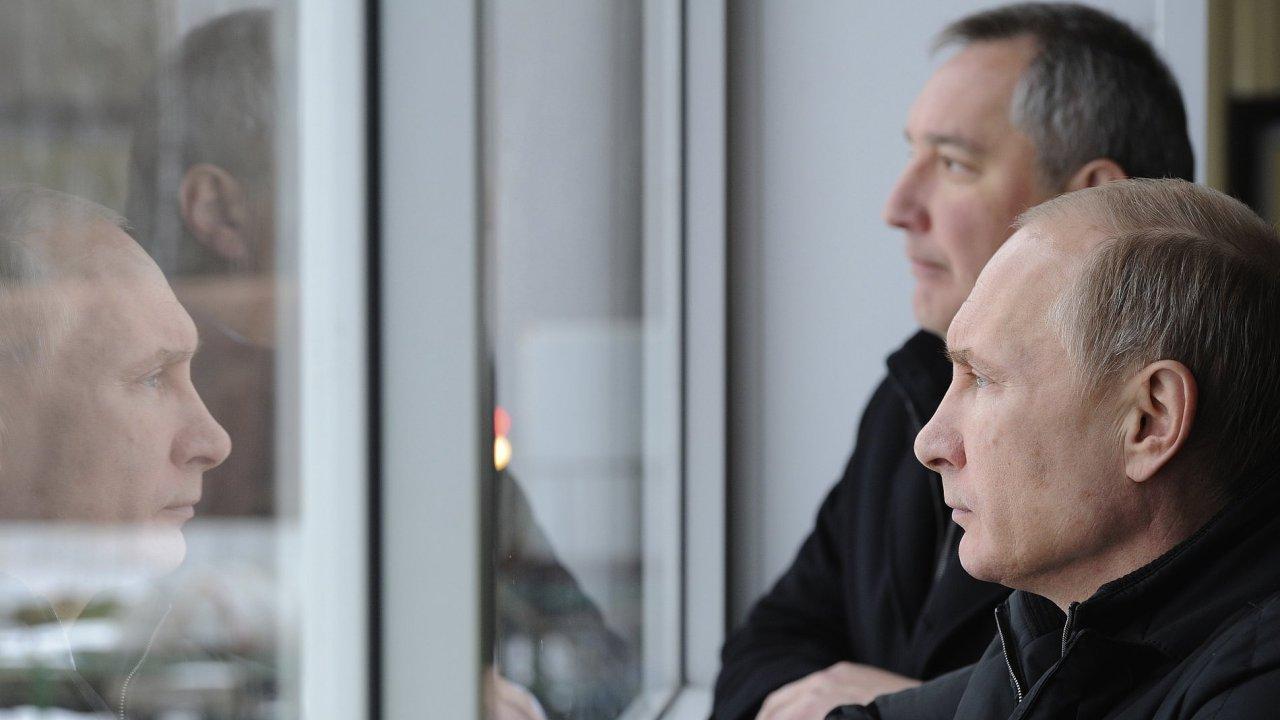 Dmitrij Rogozin ve_společnosti Vladimíra Putina