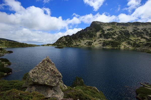 Popovo jezero. Největší a nejhlubší z Pirinských jezer. A také jedno z nejhezčích.