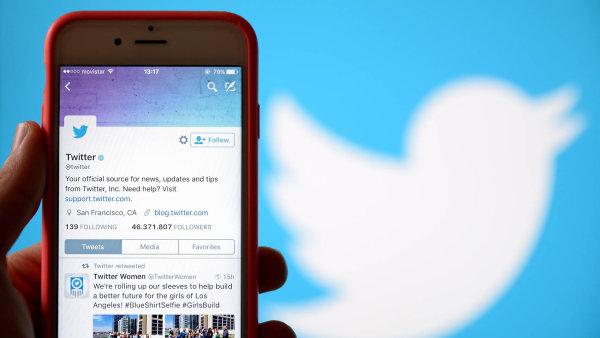 Twitter uvedl, že chybu již odstranil.