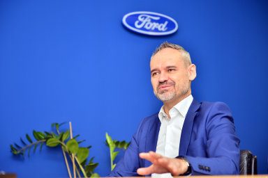 Attila Szabo je současně generálním ředitelem Fordu v Rumunsku a Česku.
