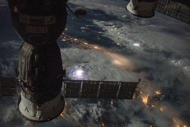 Pohled na Zemi z Mezinárodní vesmírné stanice.