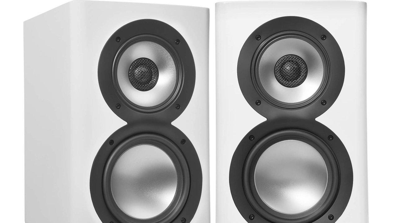 Reprosoustavy Elac Navis mají vestavěný trojdílný zesilovač, který se postará o pro tuto značku typický audiofilský zvuk.