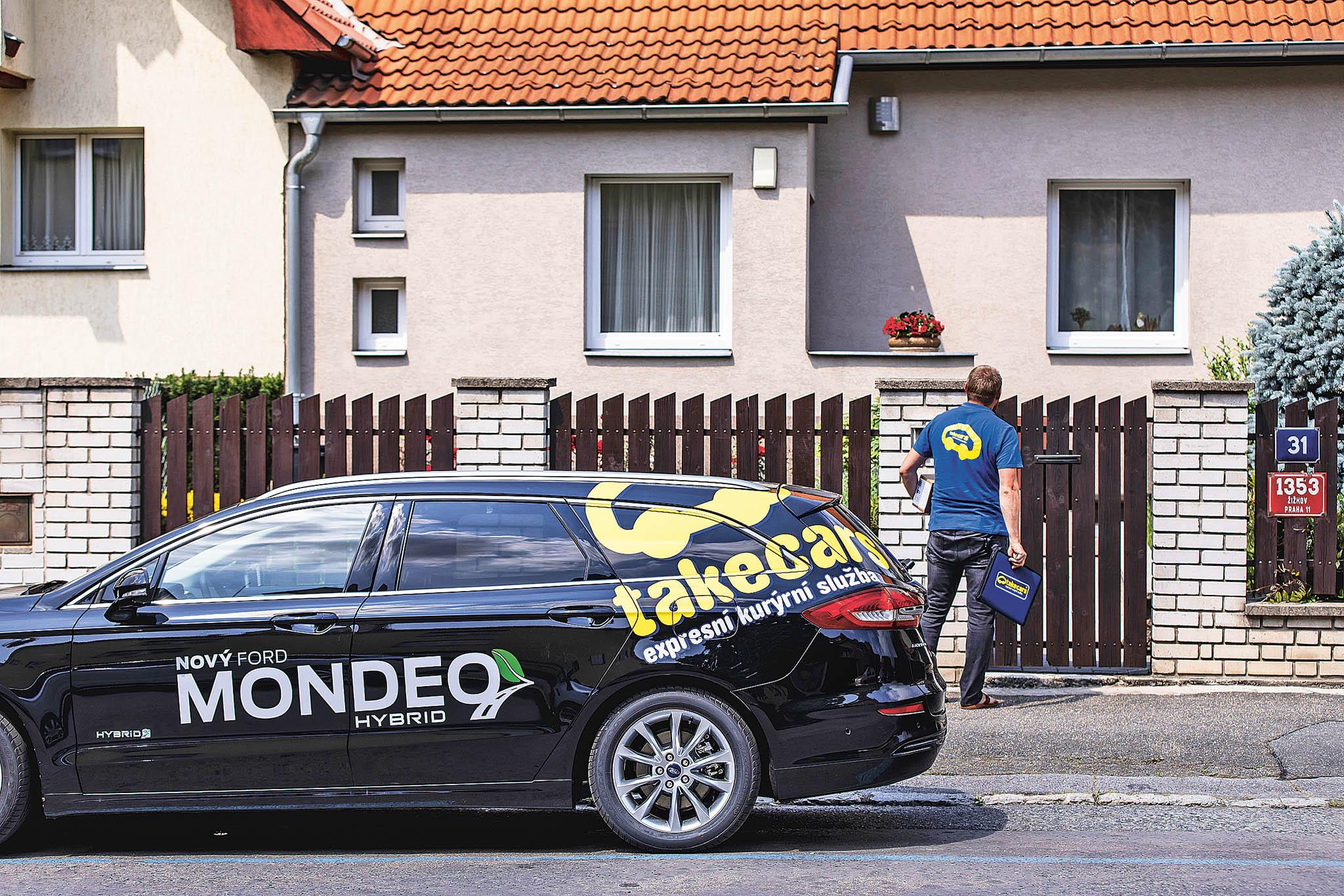 Česká pobočka Fordu otestovala ve spolupráci s firmou Takecars nové hybridní Mondeo kombi HEV v kurýrním provozu.