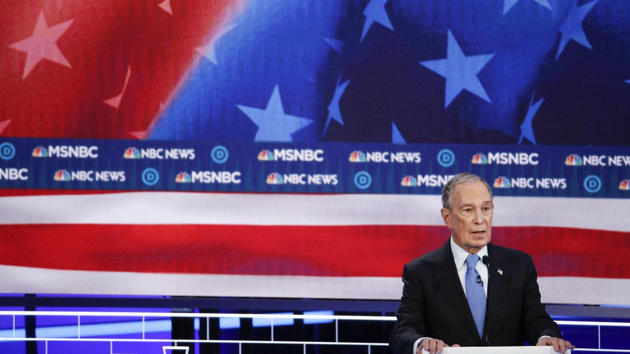 Bloomberg debata USA prezident volby