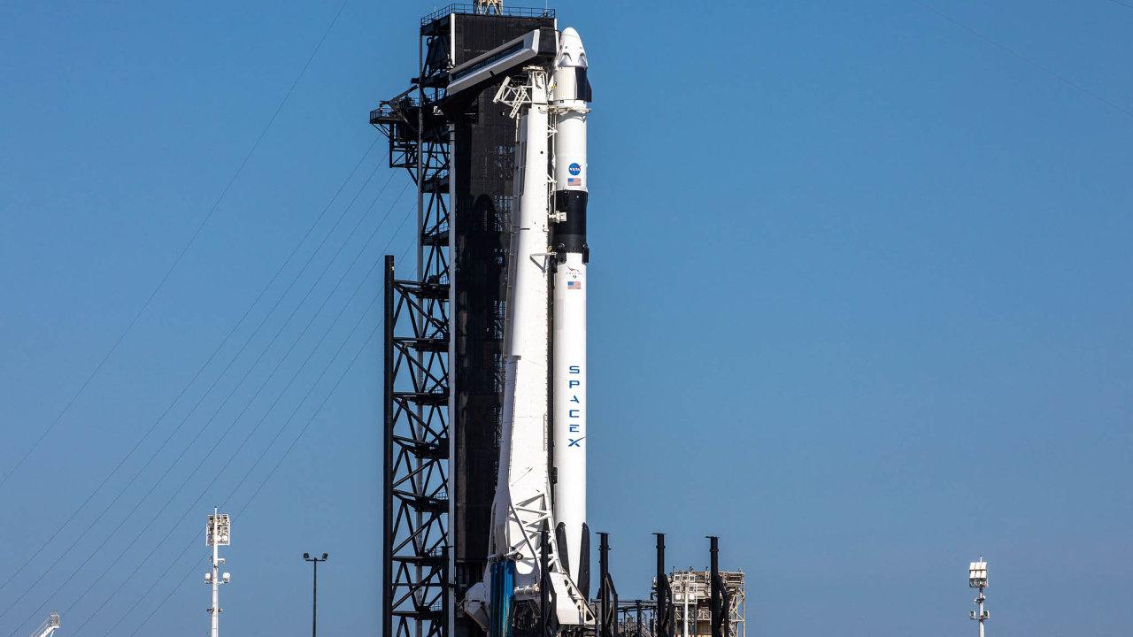 Firma SpaceX přepisuje historii.