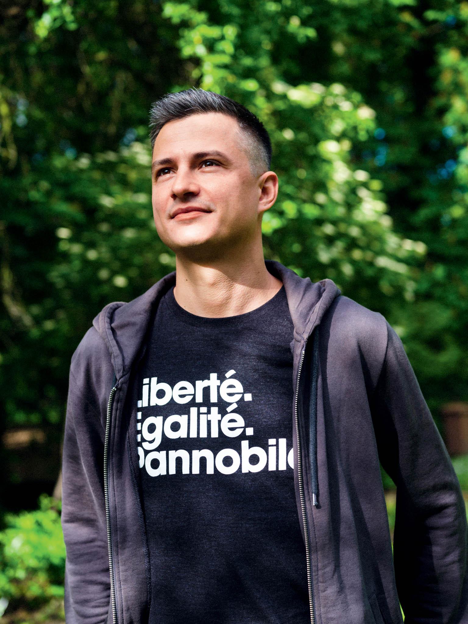 Marko Jelič alias WineGeek začal sdistribucí vína pro kamarády apostupně se stal největším dodavatelem naturálního vína dovyhlášených českých podniků.