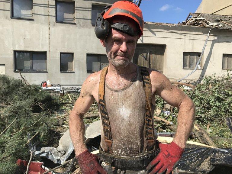 Dřevorubec Miroslav.