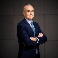 Pokud by se Komerèní bance naskytla pøíležitost, zvažovali bychom i akvizice, øíká Aymerich, èlen vedení Société Générale