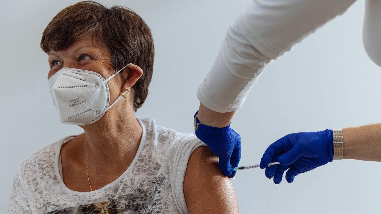 Očkování seniorů 65+