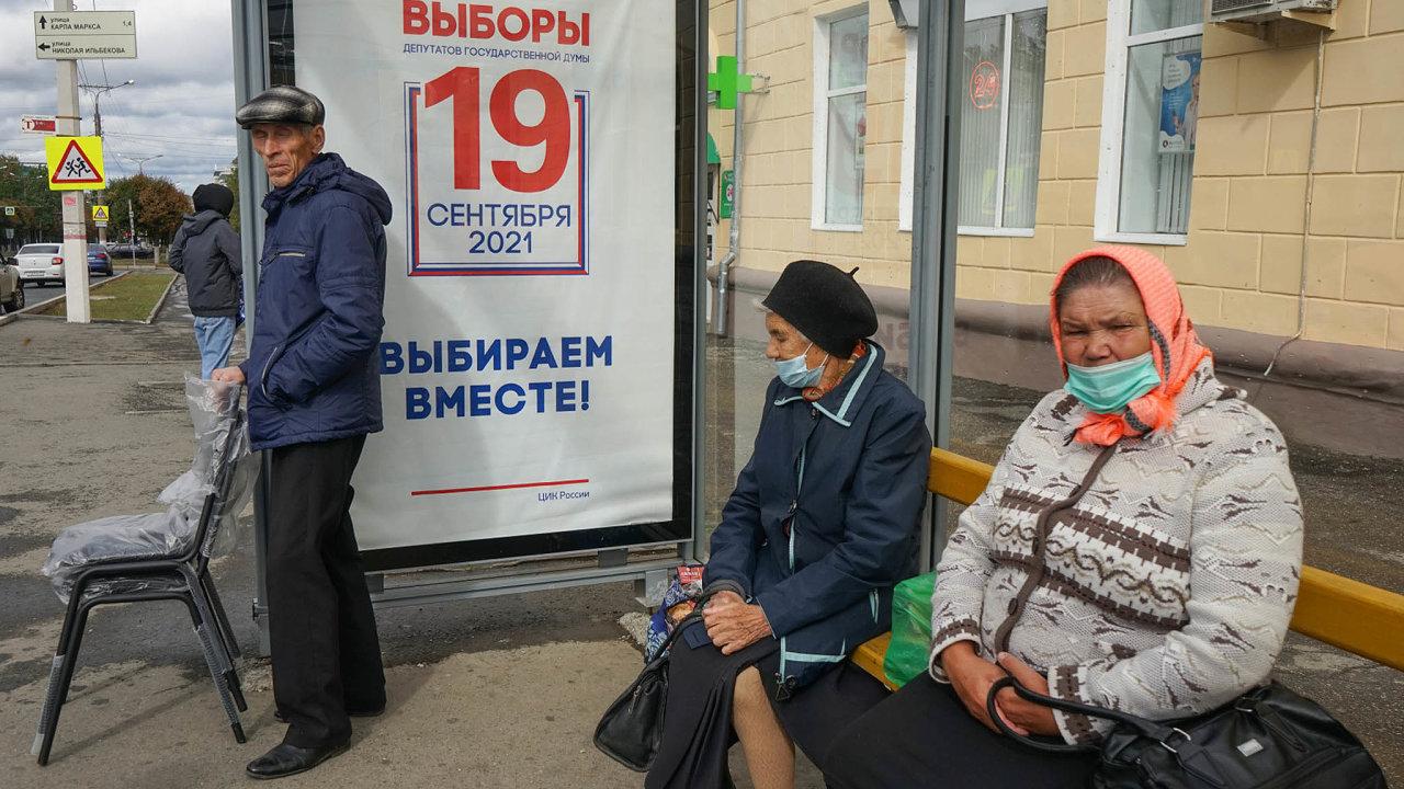 Pokud ruský občan politiku denně nesleduje a informace získává hlavně z televize, o žádných opozičních volebních kandidátech se nedozví.