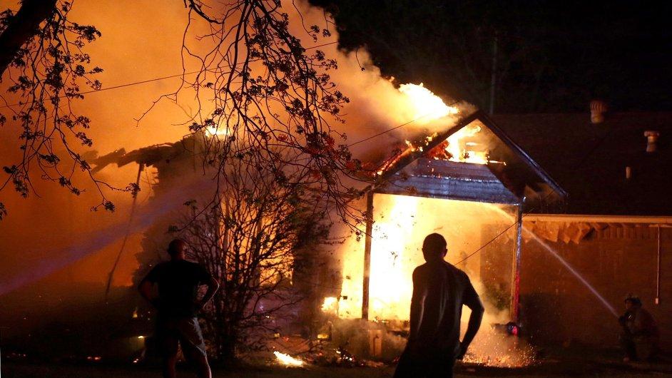 Výbuch v Texasu si vyžádal až stovky zraněných.
