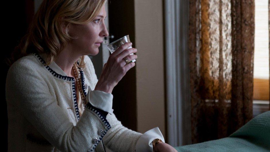 Cate Blanchett v novém filmu Woodyho Allena Blue Jasmine.