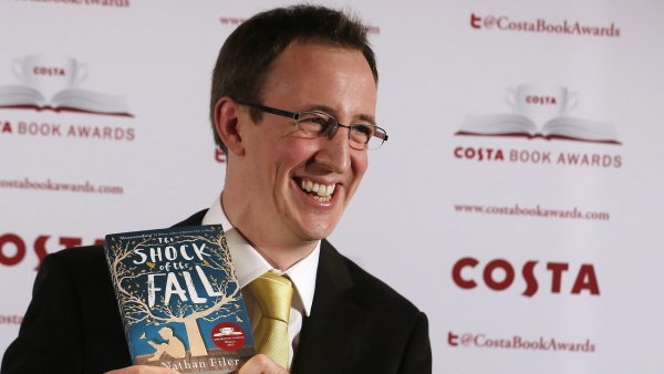 Presti�n� cenu Costa dostal Nathan Filer za rom�n o schizofrenikovi.