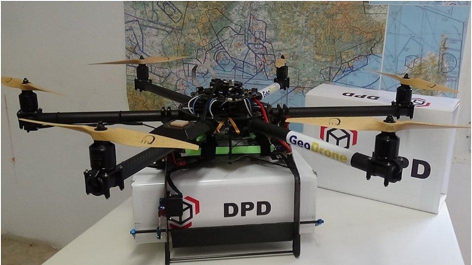 GeoPost patřící pod francouzskou poštu zkouší drony pro rozvážku v okruhu 20 km