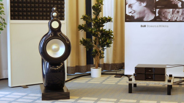 Hudebn� luxus v Praze: Novinky �esk�ho Xavianu i 50 let star� sluch�tka