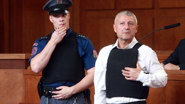 Bohum�r �uri�ko b�hem soudu v roce 2009. Za vra�du dostal 12,5 roku v�zen�.