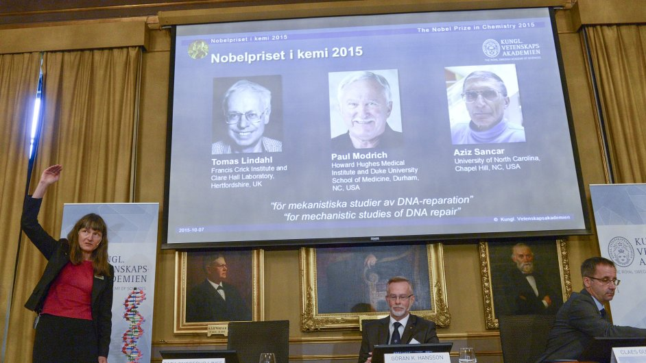 Z ceremoniálu udělování Nobelovy ceny za chemii.