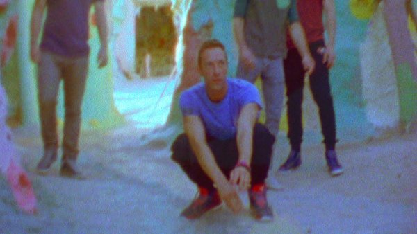 Coldplay vydali klip ze skladby Birds.