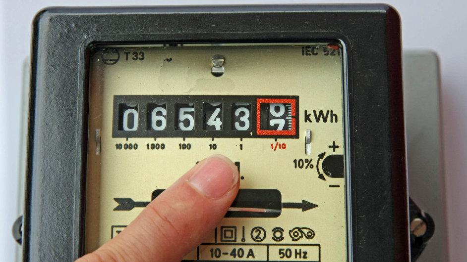 Vroce 2012 změnilo svého dodavatele energií přes 821 tisíc lidí. Vroce 2015 to bylo již jen necelých 455 tisíc.