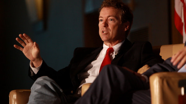 Senátor Rend Paul se šesté prezidentské debaty nezúčastní.